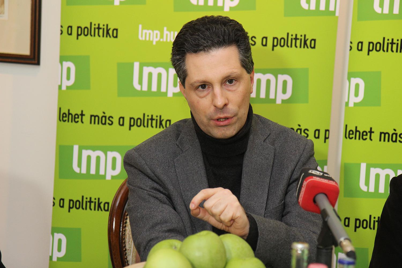 Schiffer András kilépett az LMP-ből