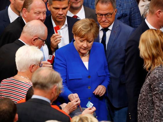 Megszavazta a német parlament a melegházasság bevezetését