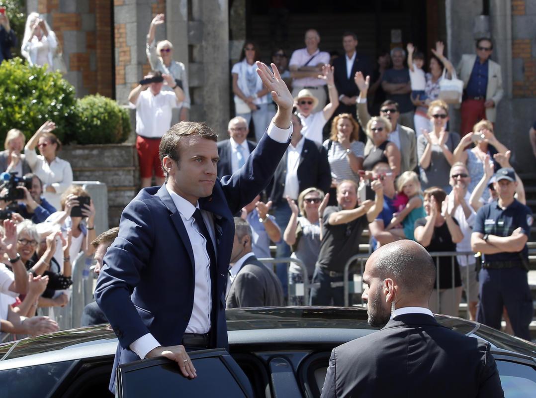 Francia választások - Francia sajtó: Macron-győzelem Macron-mánia nélkül