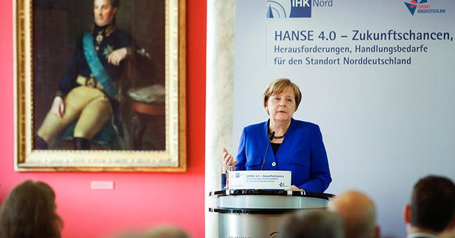 Merkel: folytatni kell a tárgyalásokat az EU és az Egyesült Államok szabadkereskedelmi megállapodásáról