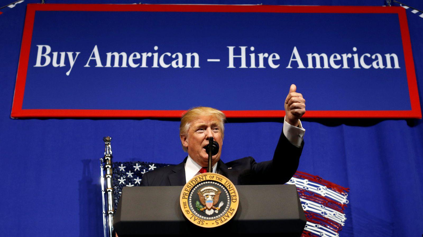 Trump elnökségének hat hónapja alatt egymillió új munkahelyet hoztak létre