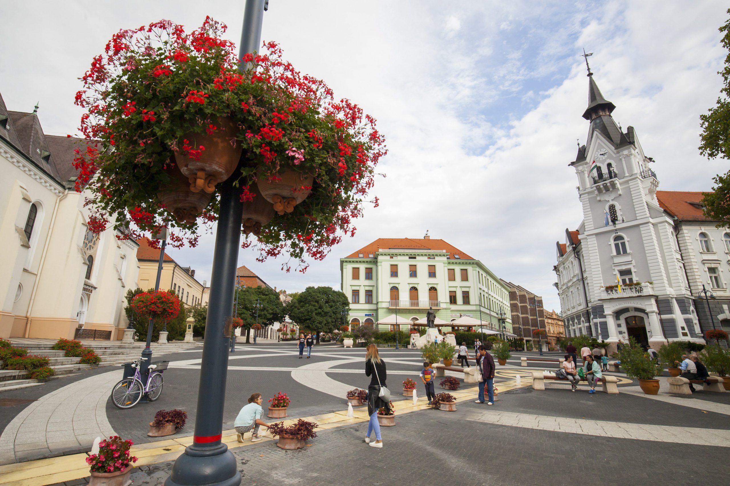 A kaposvári Kossuth tér lett Európa legszebb főtere
