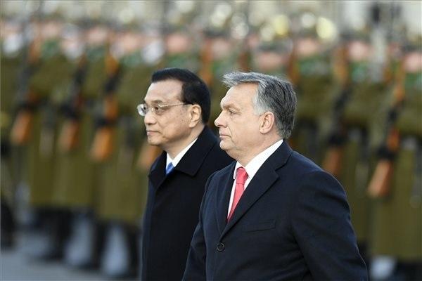 Második nap: csúcstalálkozó Budapesten