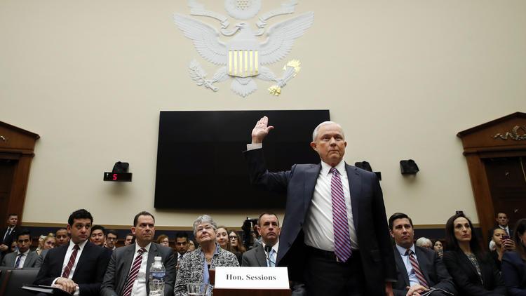 Az orosz kapcsolatokról faggatták az amerikai igazságügyi minisztert