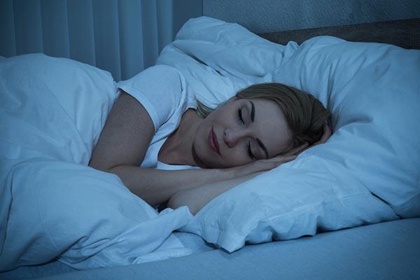 Tényleg 8 órát kell aludni?