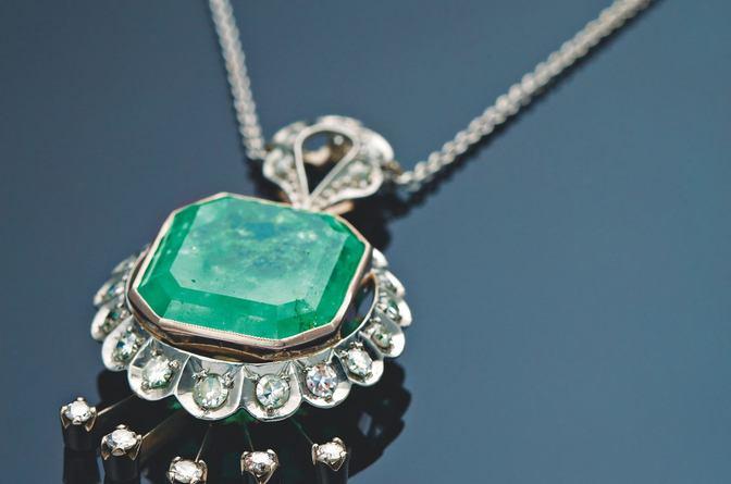 Ékszernap gyémántokkal- aukció Budapesten