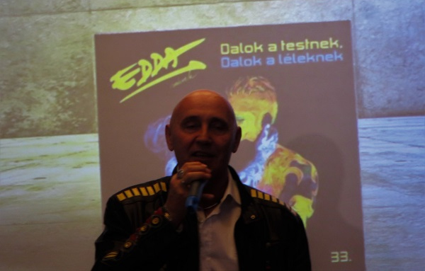 Új Edda album