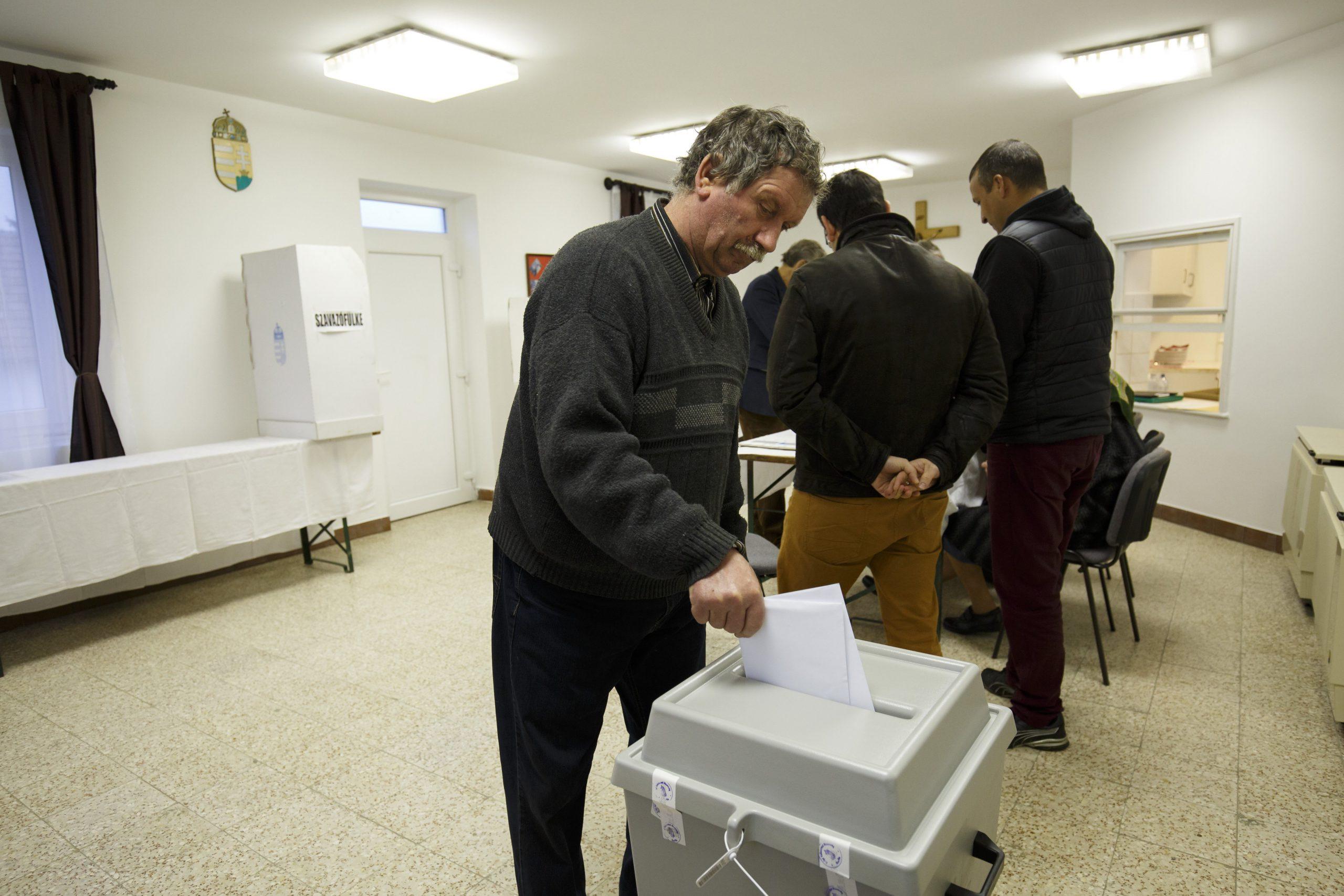 Választás 2018 - Részvételi arány - 9 óra - 13,17 százalék