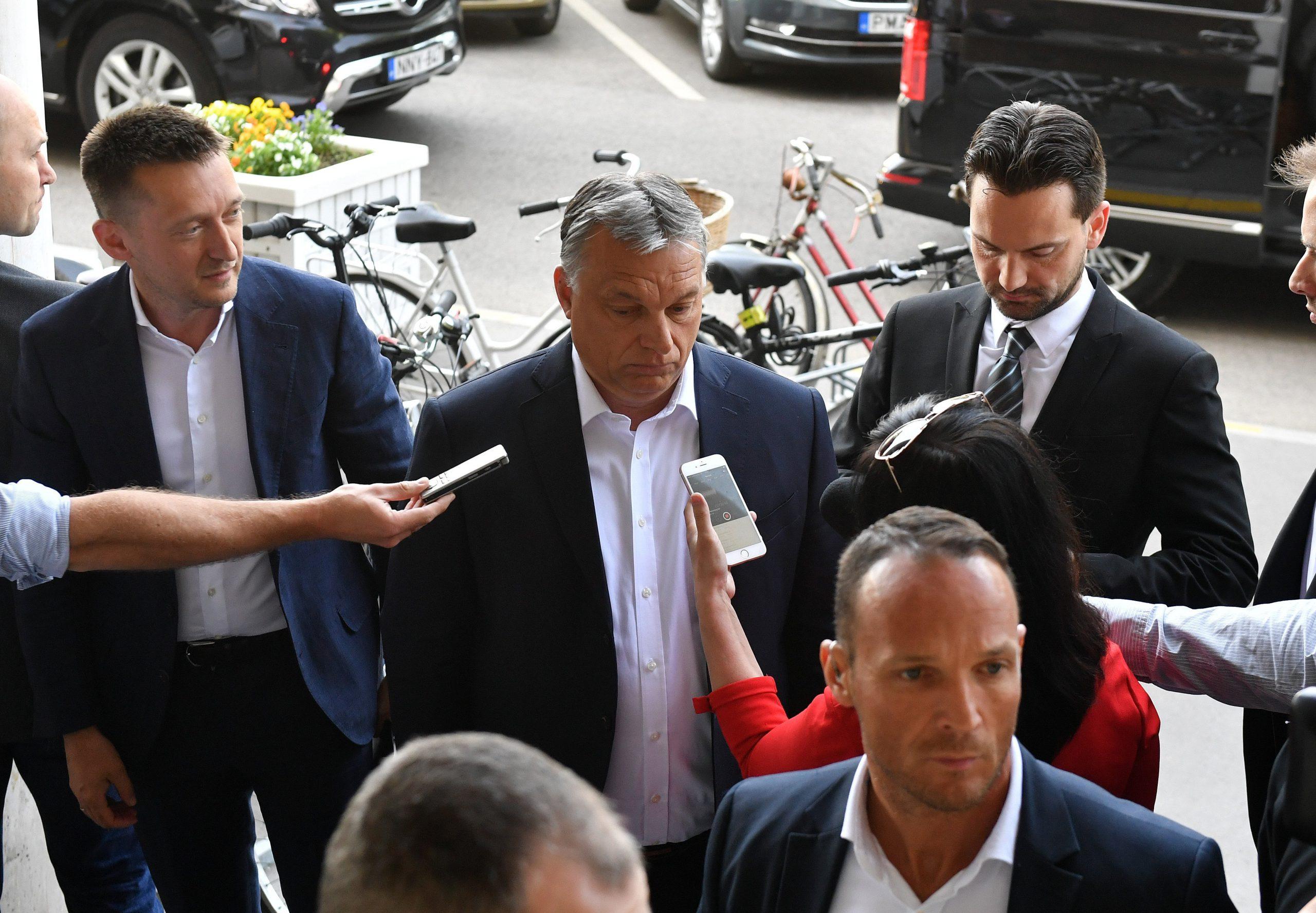 Orbán kész megtárgyalni az EU-s pénzek kifizetéséről szóló javaslatot