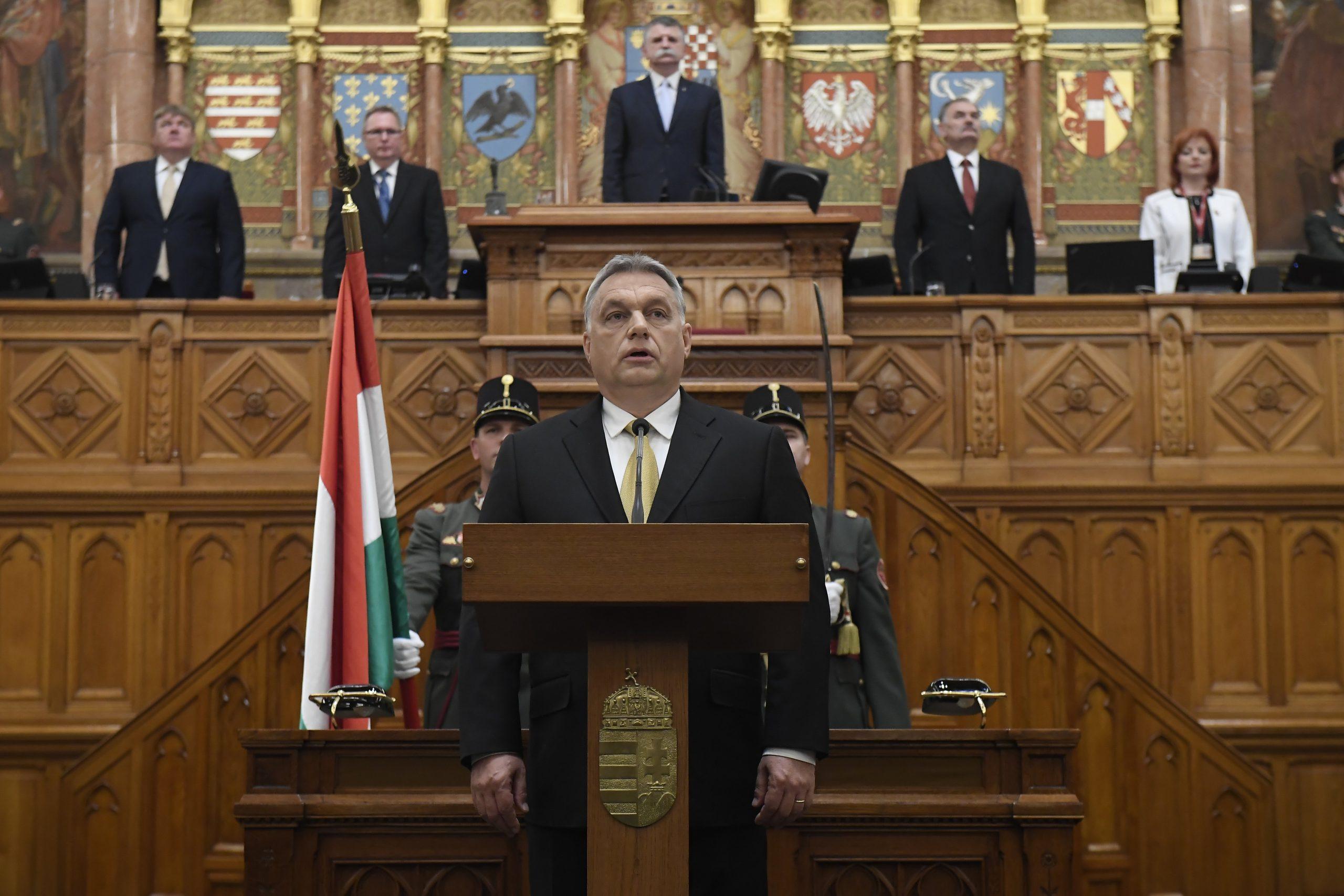 Orbán Viktor: mi kereszténydemokraták vagyunk és kereszténydemokráciát akarunk