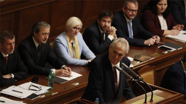 Zeman szerdán kinevezi az új cseh kormányt