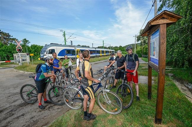 Még hosszabb kerékpárút a Pilisben