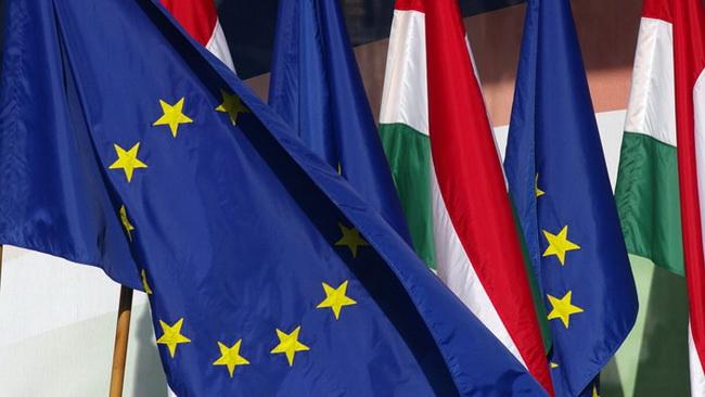 Lengyel-magyar két jó barát – azaz mit tartogat még a 7. Cikkely?