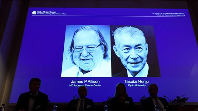 Rákkutatásért ketten kapják az orvosi Nobel-díjat