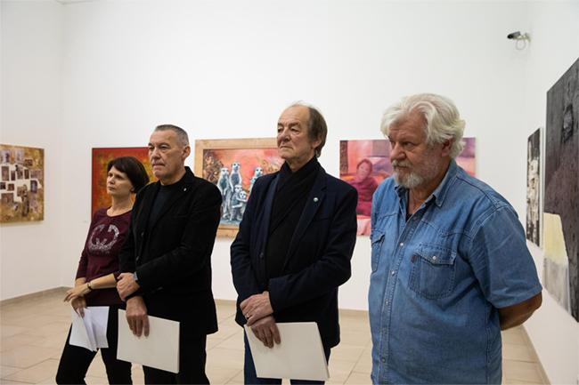 Család – kiállítás Szentendrén a MANK Galériában