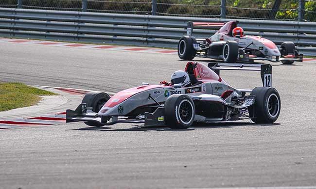 Történelmi szezonzárás a Gender Racing Teamnél