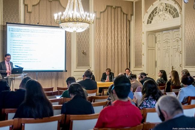 Nemzetközi konferencia a cégutódlásról