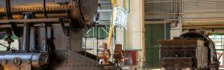 Legendás mozdonyok az Északi Járműjavító Dízelcsarnokában